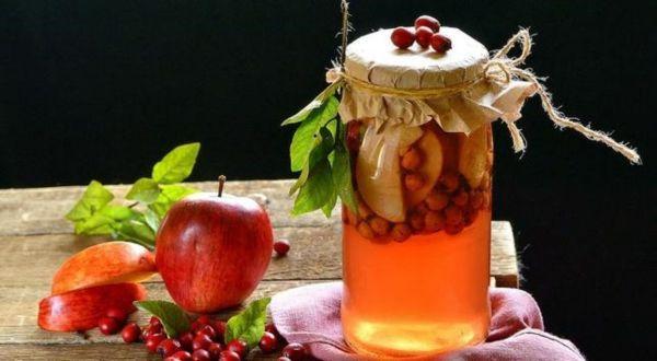 яблоки с боярышником