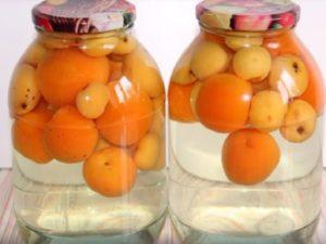 4 лучших пошаговых рецепта компота из яблок и абрикосов на зиму