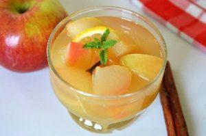 4 простых рецепта приготовления компота из яблок с лимоном на зиму