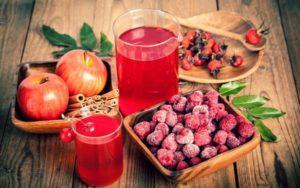 3 лучших рецепта приготовления компота из яблок и малины на зиму