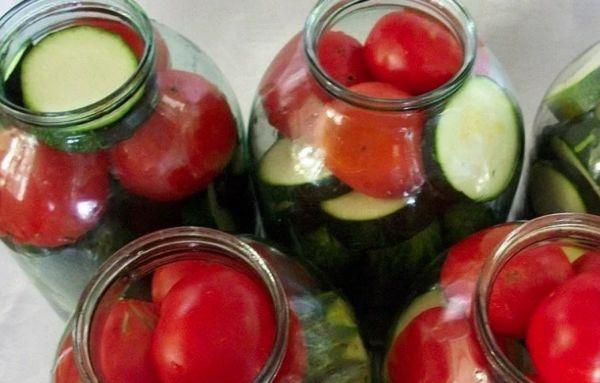 банки с овощами