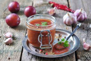 11 лучших рецептов приготовления соуса из слив на зиму