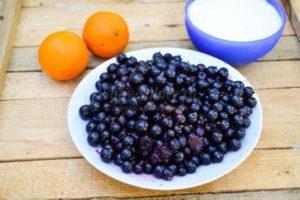 ТОП 5 рецептов приготовления варенья из черноплодной рябины с апельсином на зиму