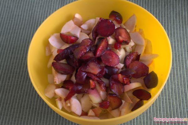 нарезанные фрукты