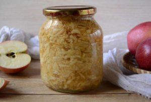 ТОП 3 рецепта приготовления протертых с сахаром яблок на зиму
